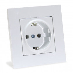Электрическая одинарная розетка Gunsan Eqona белая, с заземлением (1401100100115 )