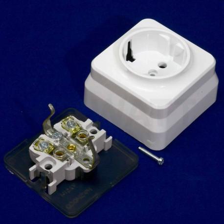 Электрическая одинарная розетка Gunsan Misya наружная белая, с заземлением (1051100100115) - в Украине