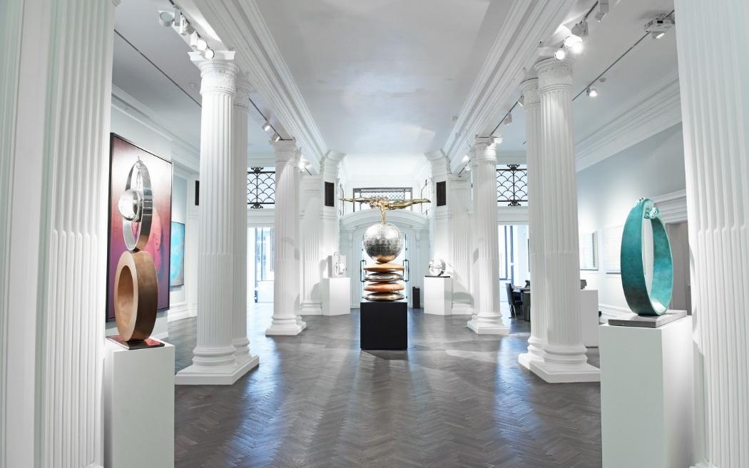 Подсветка в музее современного искусства